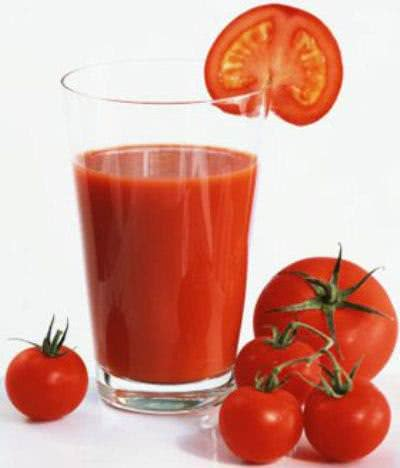 Nước cà chua chữa tàn nhang