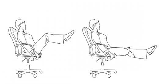 Tập gập bụng trên ghế văn phòng