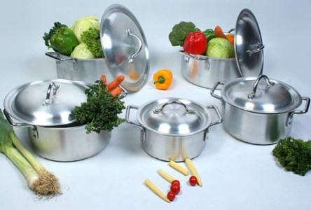 Các loại đồ dùng trong bếp gây hại sức khỏe