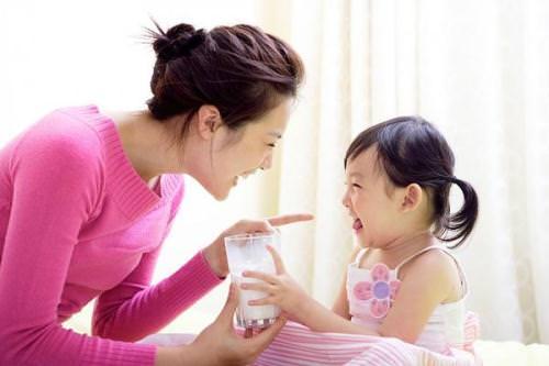 Tác hại do thừa canxi ở trẻ