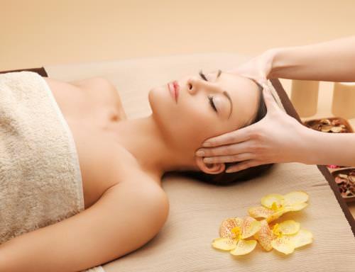 Xoa mặt, massage mặt buổi sáng