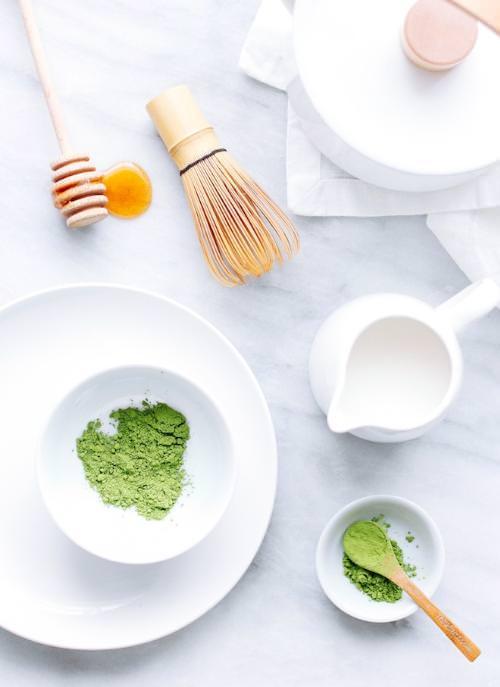 Tẩy da chết bằng bột trà xanh