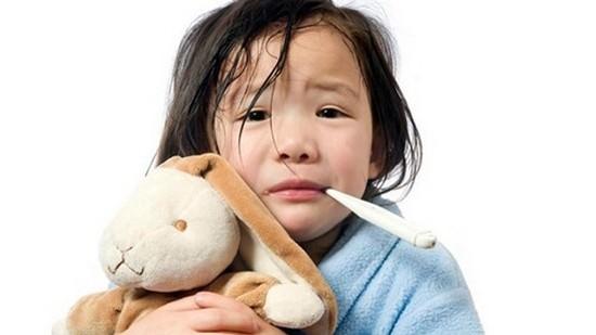Xử lý khi trẻ sốt cao