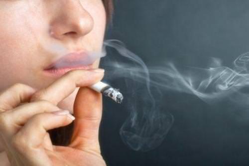Hút thuốc làm giảm trí nhớ